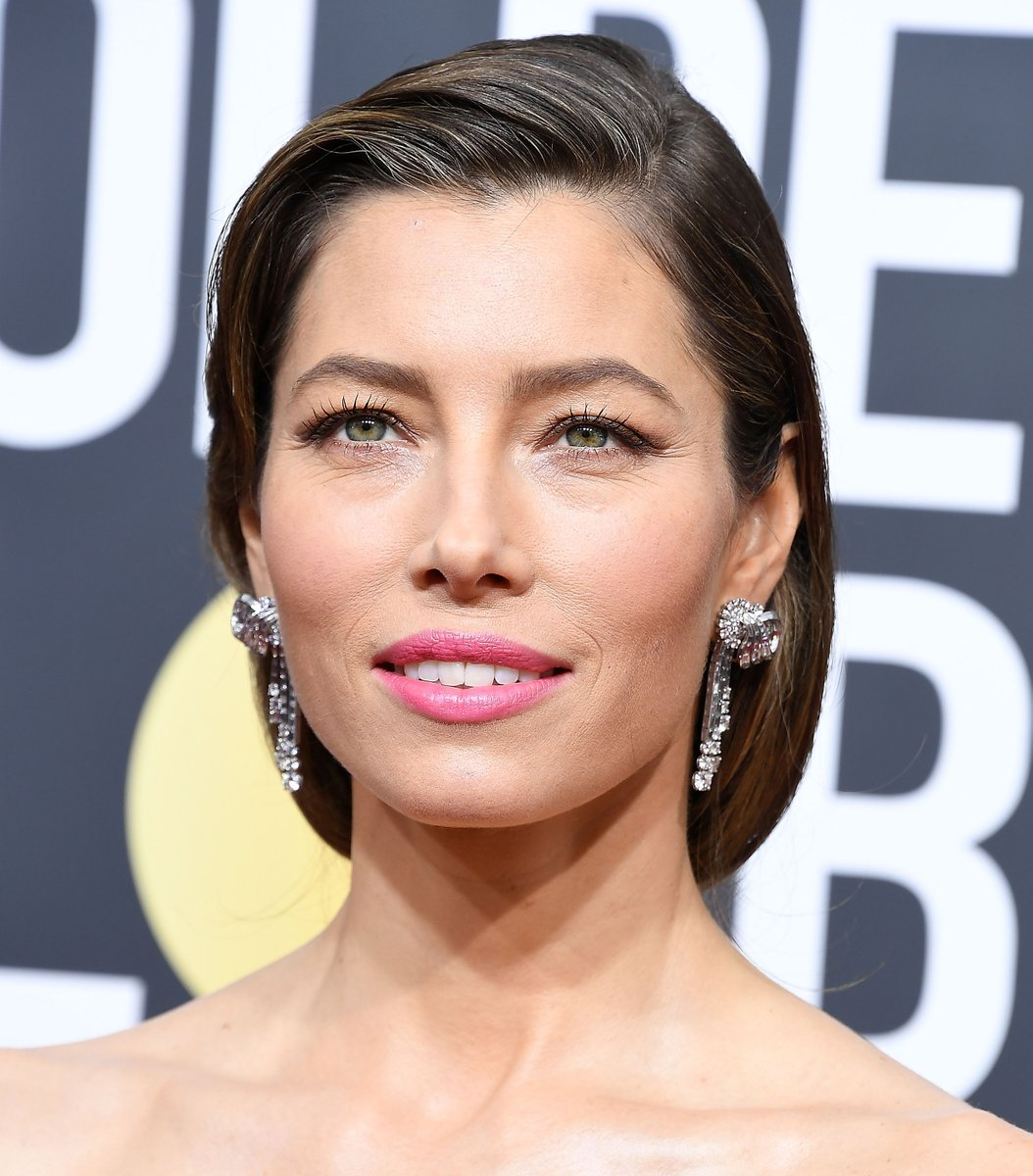 This Is The EXACT Lipstick Jessica Biel Wore To The Golden Globes