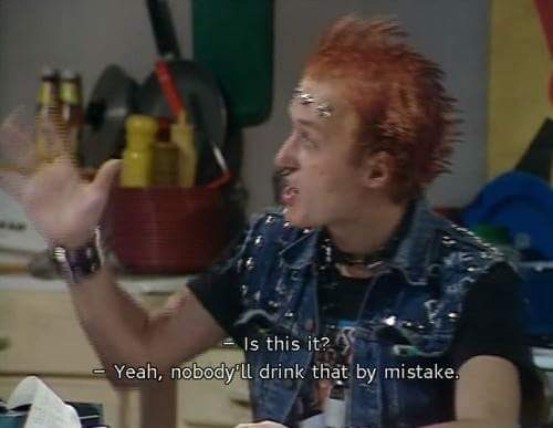Happy birthday to ade Edmondson, a true legend of comedy.