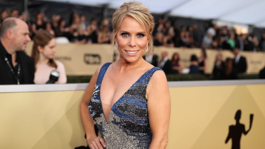 .@CherylHines to direct CBS Films comedy 'Revenge Wedding'