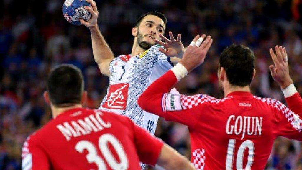 Handball: France beat Croatia to advance to European championship semis