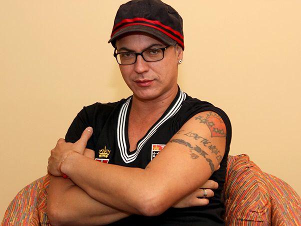 Dicesar. Foto do site da BN Holofote que mostra ExBBB Dicesar diz que programa terá homem trans 'tipo Thammy Gretchen'