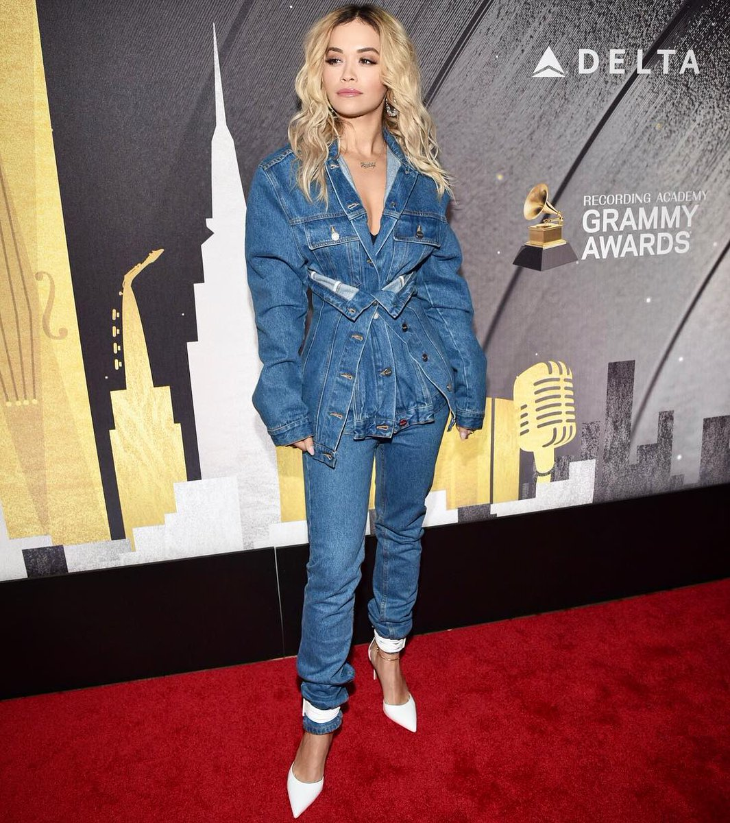 Denim on Denim with @delta ???????? #grammyweek #AD https://t.co/Rm0nBa1PV4