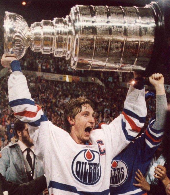 Today is Wayne Gretzky\s birthday. Happy 57th to the Brantford Boy!