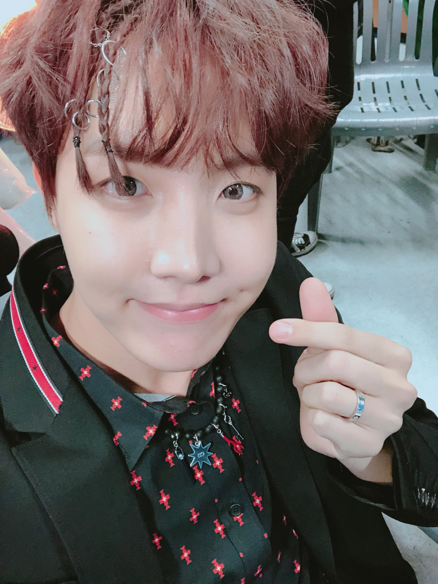 J-Hope is a hair icon, tbh ❣️ | @BTS_twt https://t.co/osJWgBN7p7