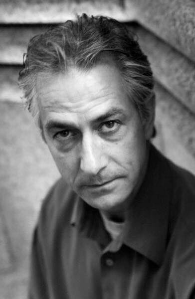 Happy birthday David Strathairn!