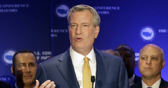 NYC Mayor claims guy who pleaded guilty to bribing him didn't bribe him