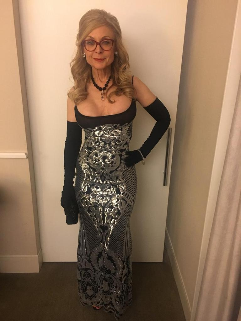 And the front of my dress for the 2018 awards show DxbffiJhtT
