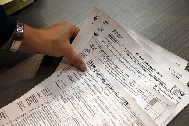 Free tax preparation services available in Cuyahoga County