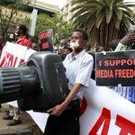 Kenyan journalists condemn media shutdown by government
