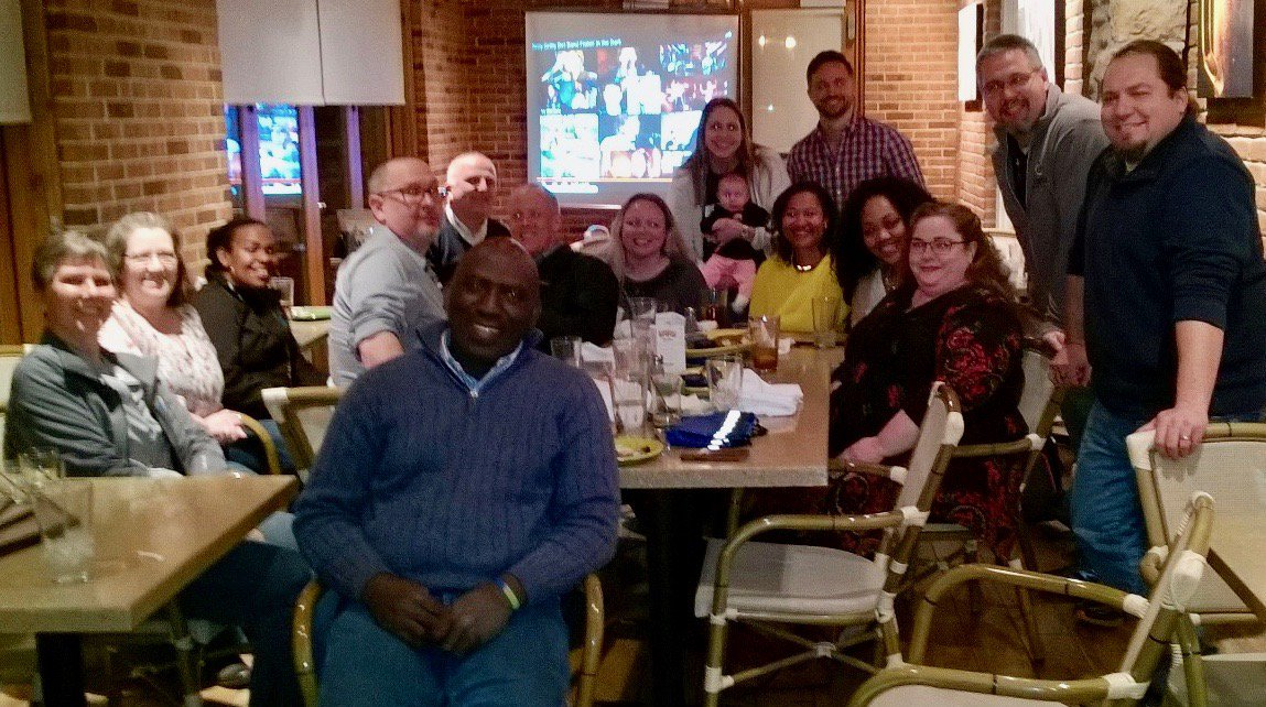 Amazing evening out with @DiscoveryEd Ignite. Honored to be with these passionate educators. Looking forward to sharing more DE resources with my Ts/Ss. #DEPD #DEIgnite #METC18 #EdcampSTL #moedchat https://t.co/lkBsr6S3Bo