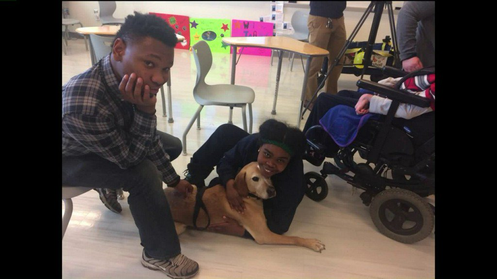 Marshall the Miracle Dog serves St. Louisstudents