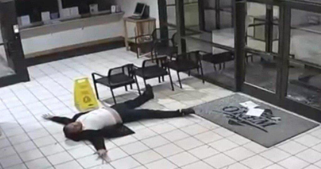 Man uses empty vodka bottles to break into police department, meditates until copsarrive