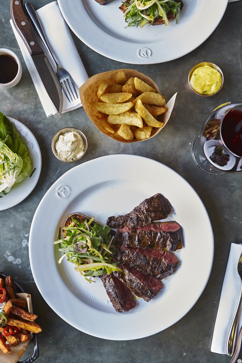 Can't steak my eyes off of you, @Barbecoa_london! ❤️ #ValentinesDay https://t.co/Z5SdNV9fuf https://t.co/AqXzlxhdsP