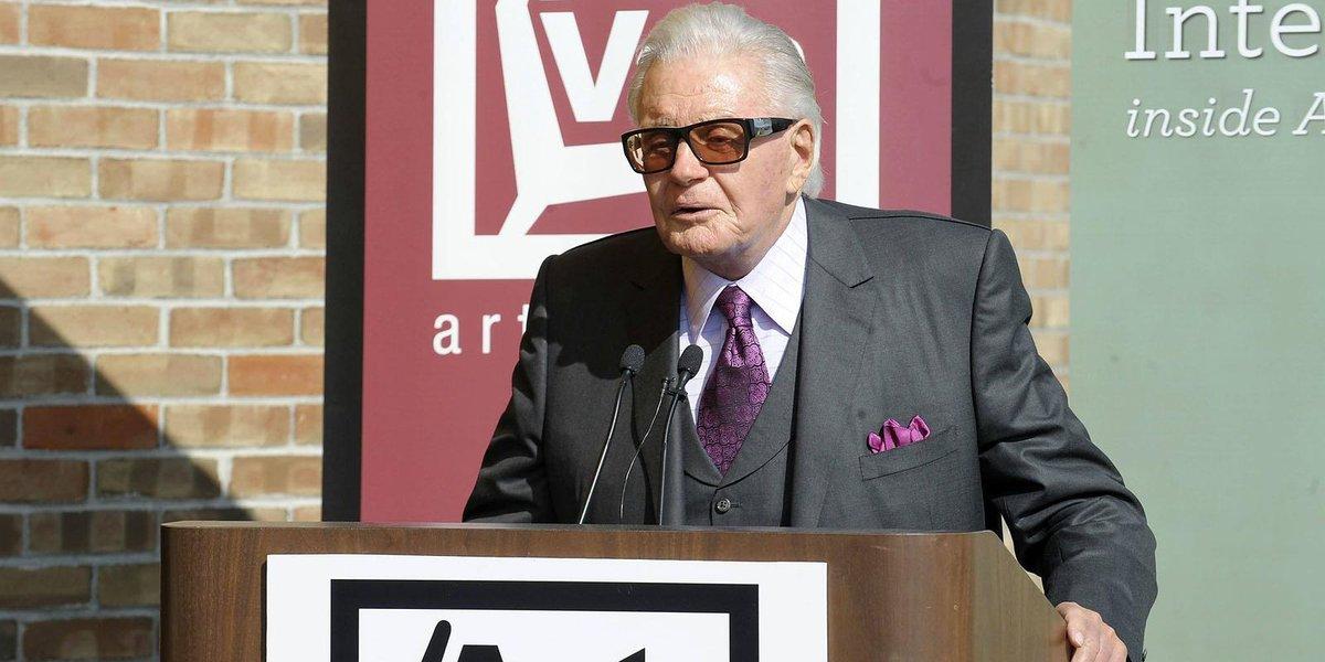 Furniture retail giant Van Elslander dies at 87
