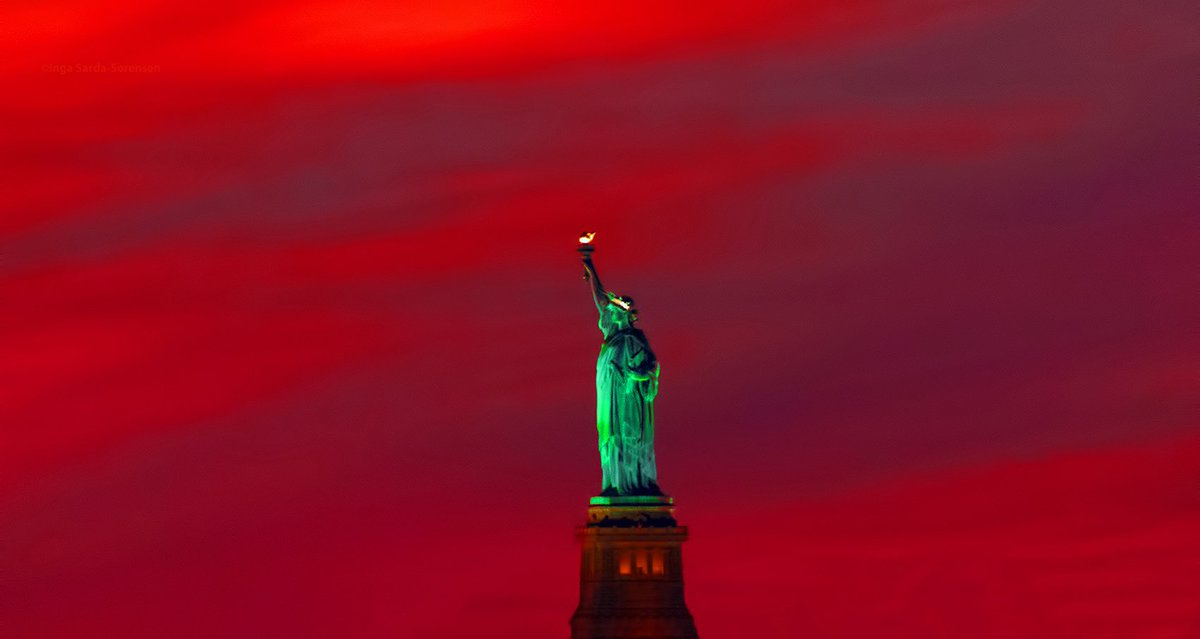 RT @isardasorensen: Statue of Liberty shimmers in tonight's fiery #sunset hues in #NYC. https://t.co/7mpexZrhkk