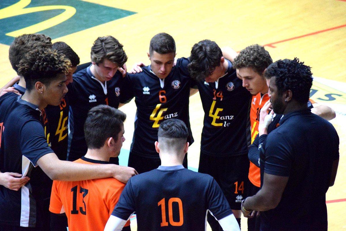 L'équipe de Régionale du @narbonnevolley jouera les demi-finales de la Coupe de...