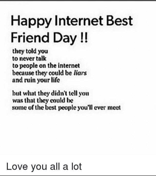 RT @waffledrools: I love y'all♥️♥️♥️ #InternetFriendsDay https://t.co/lpyyXpfQjr