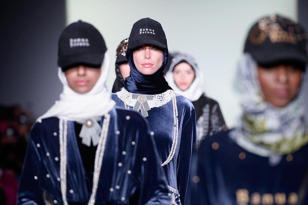 Modest fashion hits New York Fashion Week in abaya-only show