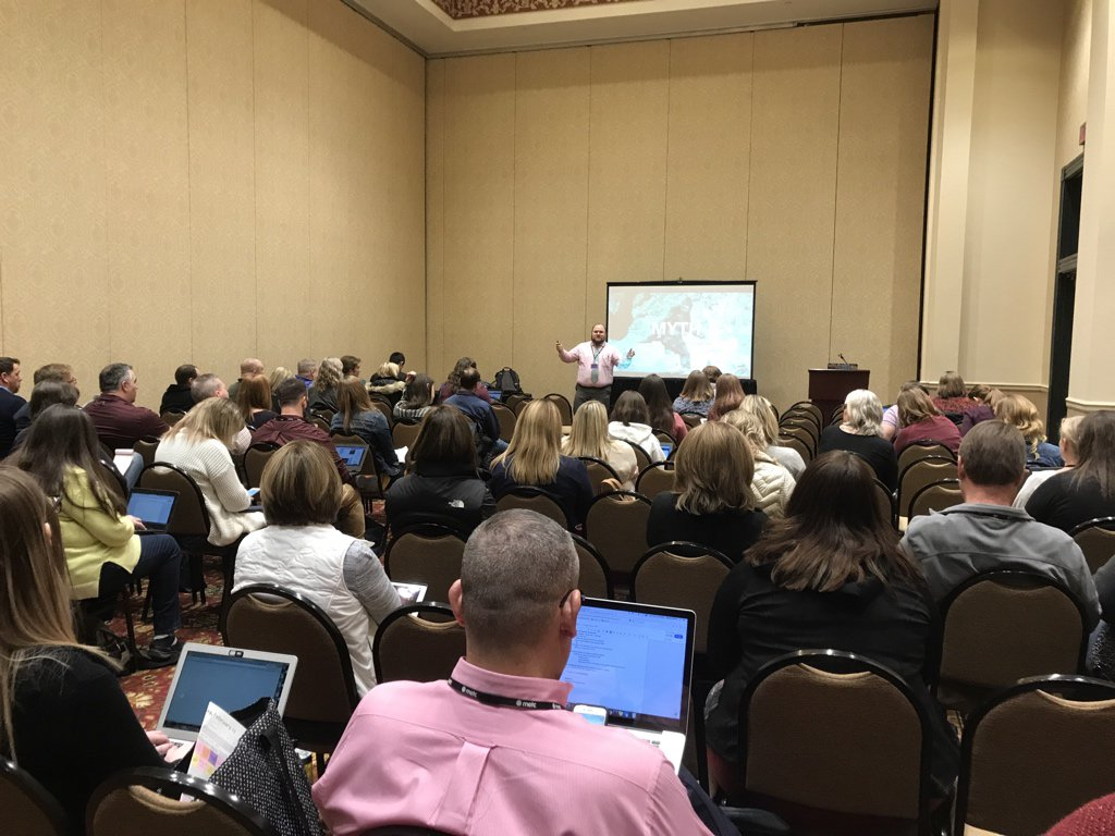 Wow, The Myth of the Digital Native with @joshchoward is packed! #METC18 https://t.co/RdihL4POI6