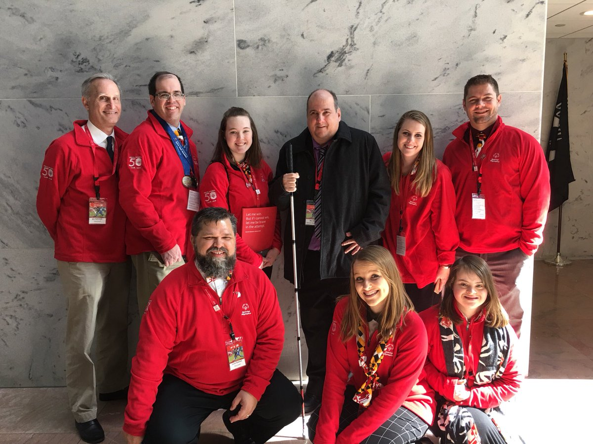 With the team from @SpOlympicsMD and @BennyTheLeo13 for #SOHillDay! Can't wait to hear them share their stories! https://t.co/XTs6k3NybH
