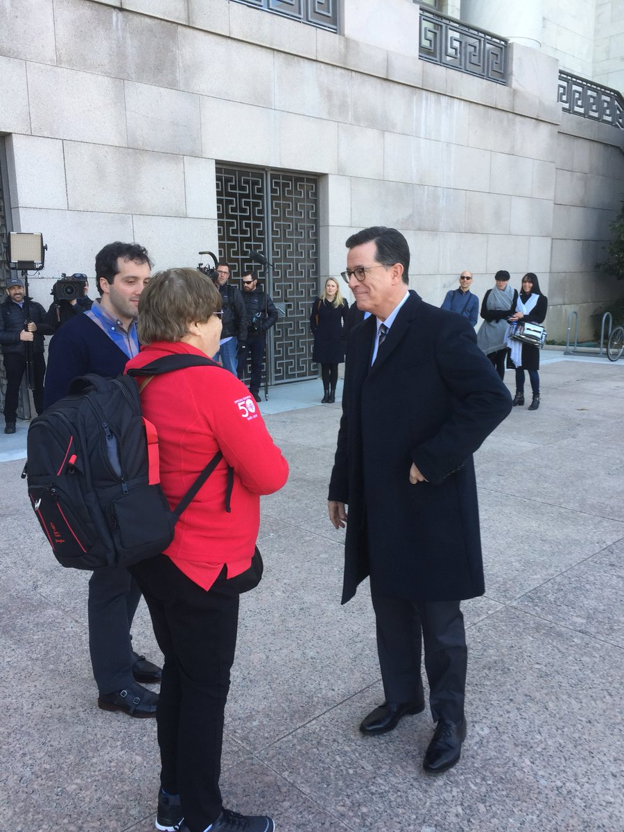 Yon never know who @SpecialOlympiPA will run into at #SOHillDay. Thanks for being a fan @L8ShowColbert ! https://t.co/pebOQRyjhB