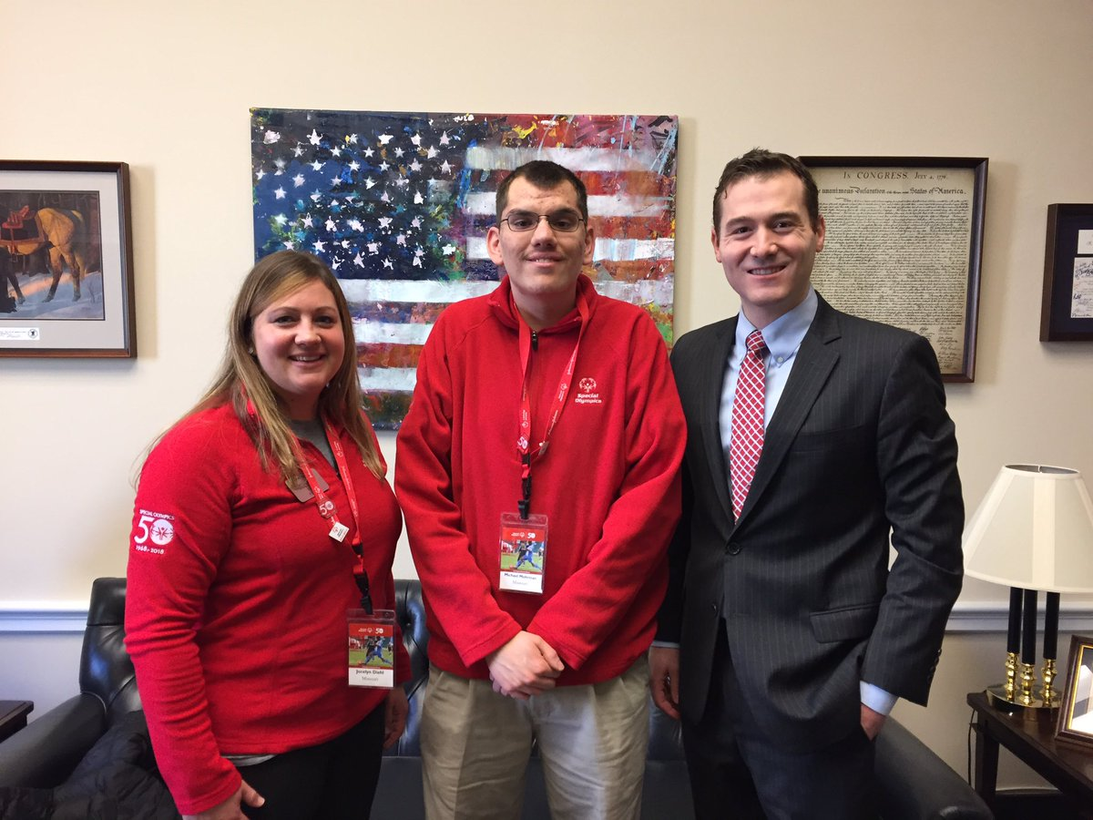 .@SOMissouri's Michael Mohrman visiting with @RepHartzler's office & talking all things inclusion! #SOHillDay https://t.co/OthCpZlqJS
