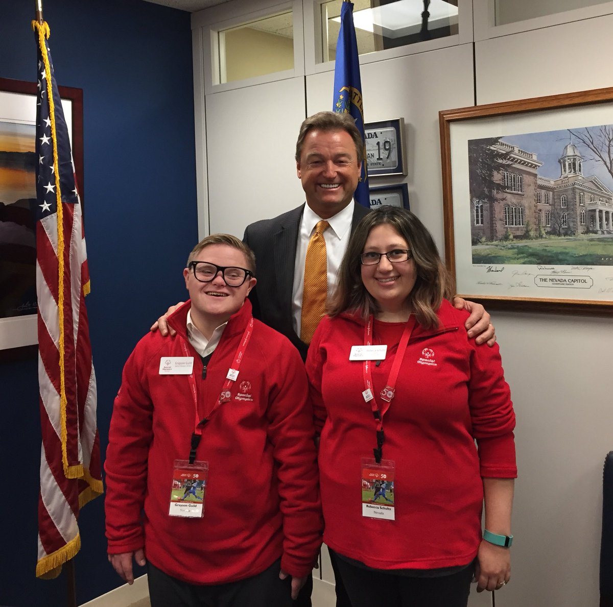 It was an honor to meet with Senator @DeanHeller to advocate for @SpecialOlympics & promote Unified Champion Schools & #InclusiveHealth. #SOHillDay https://t.co/jhN6OnjAr2