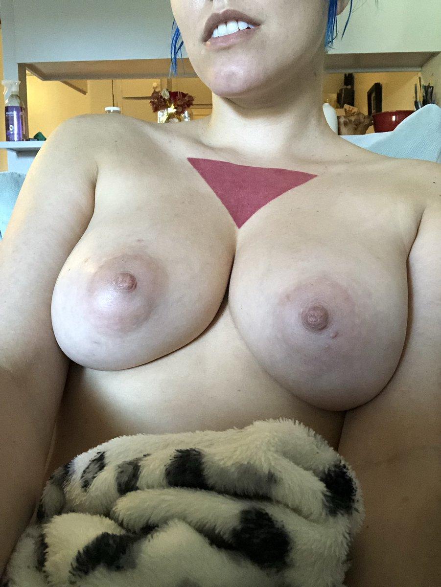 My boobs feel super huge today 👅 vXCMr43Ezz
