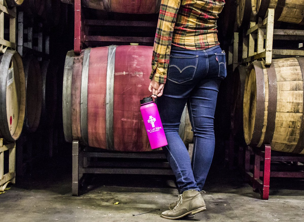 test Twitter Media - For all you procrastinating Romeos out there, we still have plenty of pink growlers available for last minute gifts! #lostabbey #craftbeer #sdbeer https://t.co/YULHExZ8TA