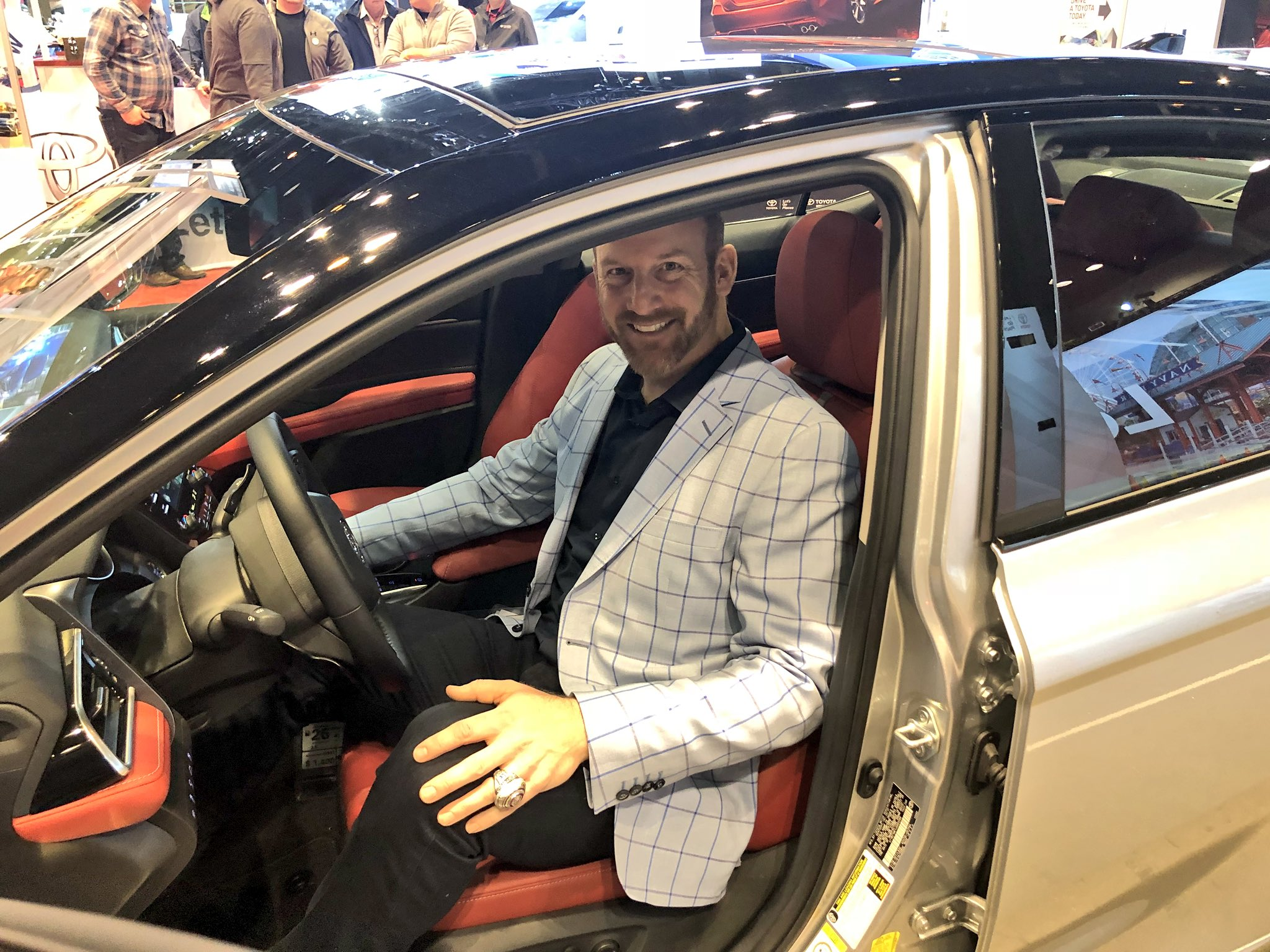 #LetsGoPlaces! @Dempster46 stops by #CAS18 with @Toyota on Facebook Live now: https://t.co/UJ695C2nKR https://t.co/e82iy2GhqS