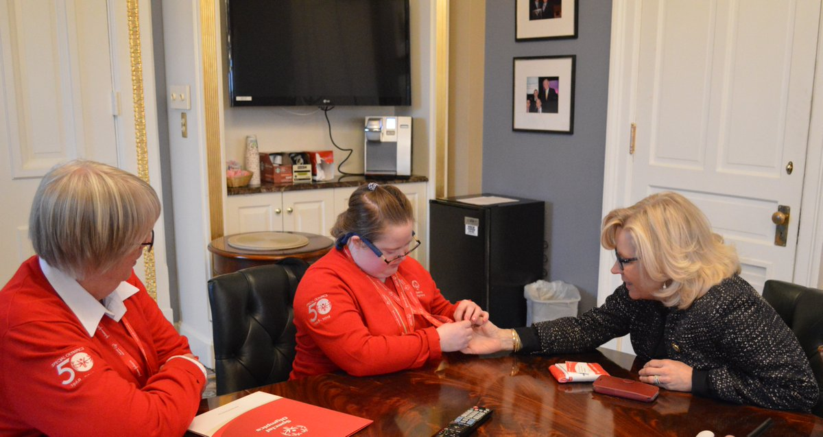 Thanks to WY Special Olympics President Pricilla Dowse and champion Tess Robinson for meeting with me on #SOHillDay. Congratulations on all your  medals! https://t.co/Cjg4O54bOi