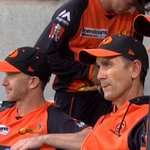 VIDEO: Justin Langer watches Perth Scorchers season go up in flames