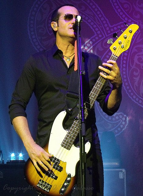 Happy Birthday, Stone Temple Pilots Bassist Robert DeLeo (
