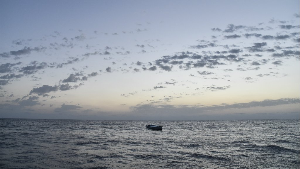 At least 90 migrants, mostly Pakistanis, feared dead in shipwreck off Libya coast