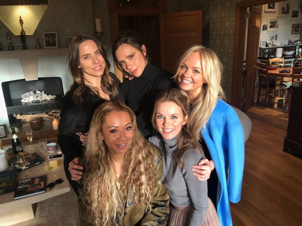 Lovely seeing the girls #girlpower is alive and well ❤️ @victoriabeckham  @EmmaBunton  @OfficialMelB  @MelanieCmusic https://t.co/A3eZFBJ9mR