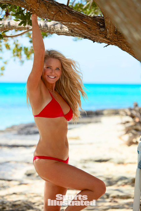 Today is Christie Brinkley\s Birthday:) Happy Birthday:) (2017) Makeup: