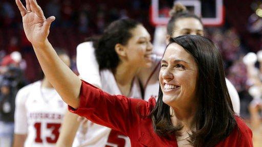 Nebraska women's hoops rebound with 2nd-year coach Williams