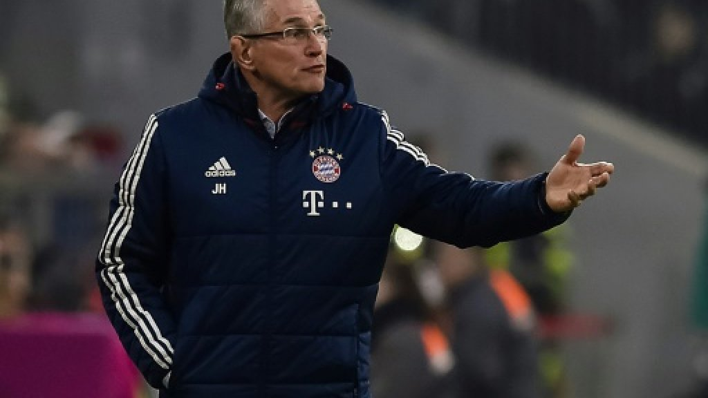 Football: Bayern charm offensive irritates Heynckes