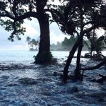 Low-lying Marshall Islands brace for tidal floods