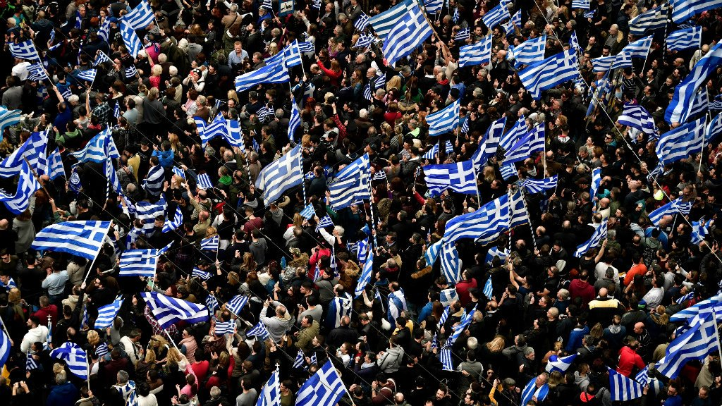 Thousands of Greeks protest over Macedonia name - France 24