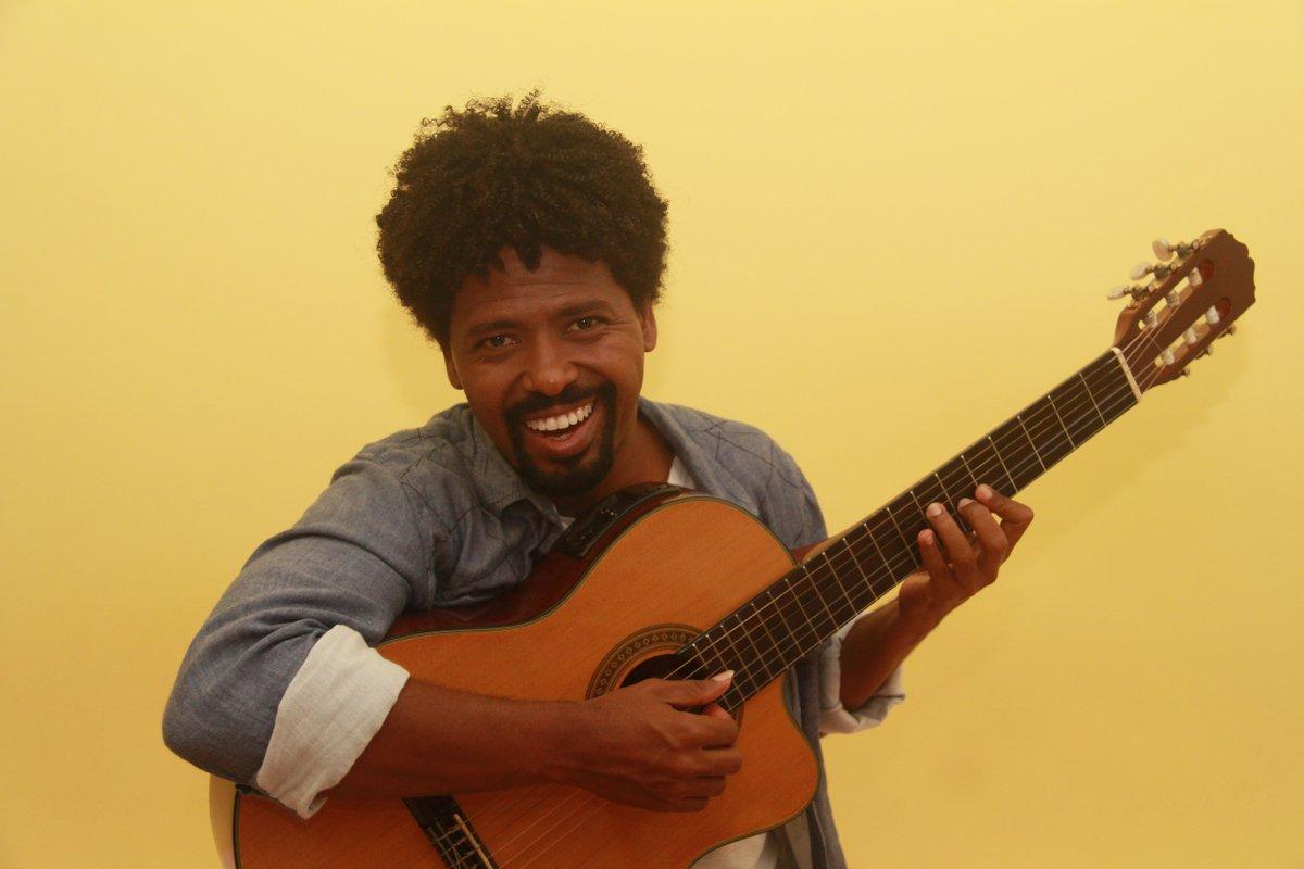 Musica Ivete. Foto do site da BN Holofote que mostra Youtuber baiano cria música sobre ausência de Ivete no Carnaval confira