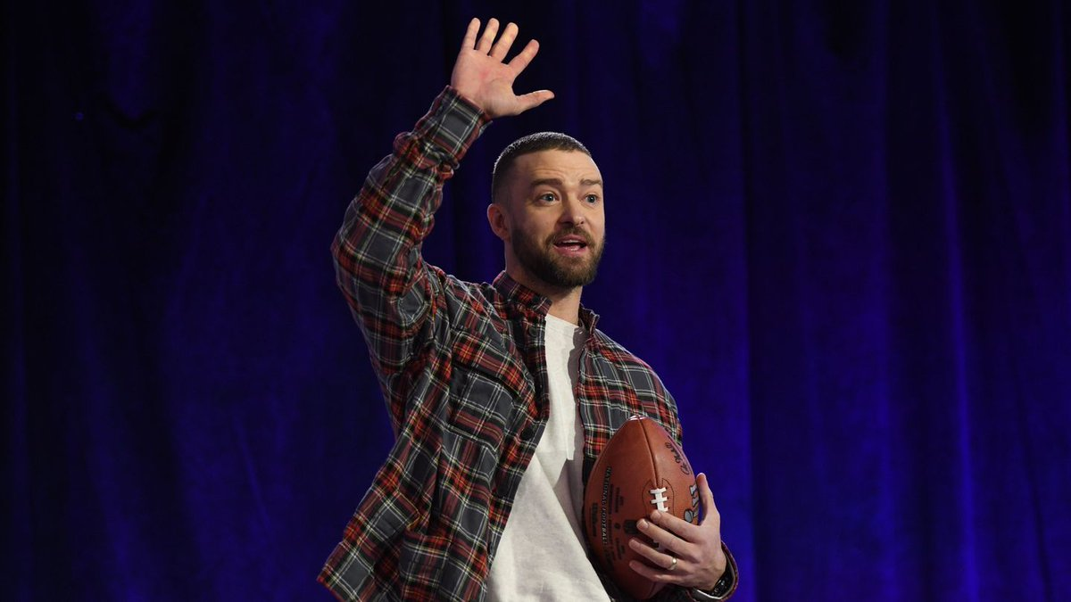 No, Justin Timberlake Is Not Singing With A Prince Hologram At The Super Bowl