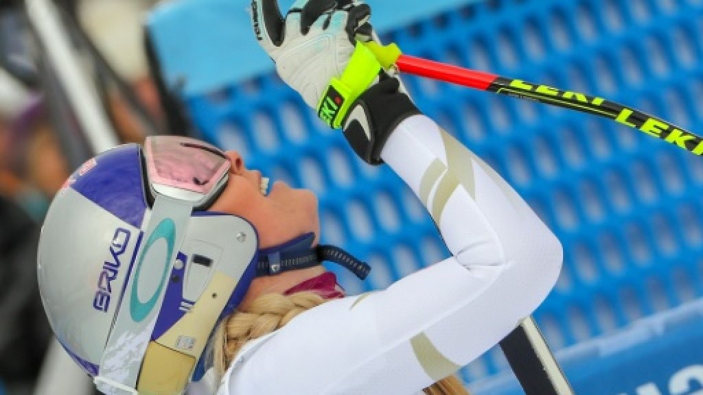 Vonn tunes up for Olympics with downhill double and 81st World Cup win