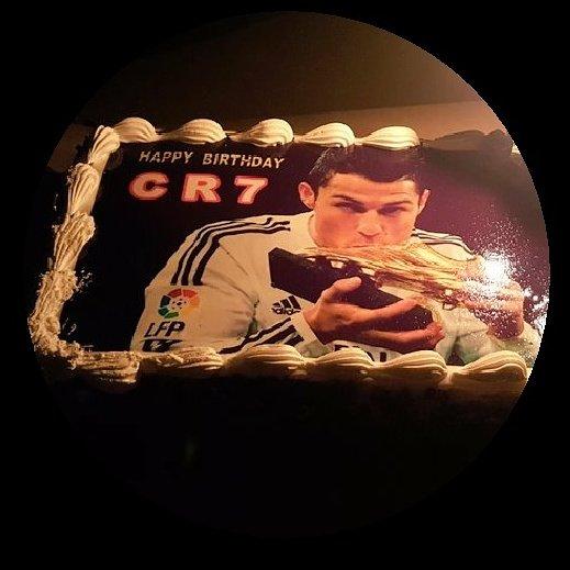 32 looked good on Cristiano Ronaldo.  Will 33 be even better? Happy birthday CR7