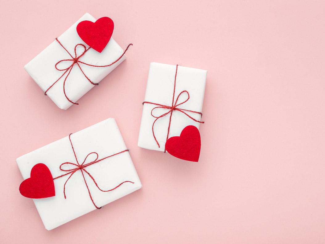 Valentine's Day 2018: Fashion and beauty gifts for her
