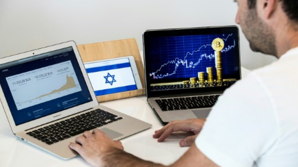 Israel bourse bullish on blockchain, cagey on crypto