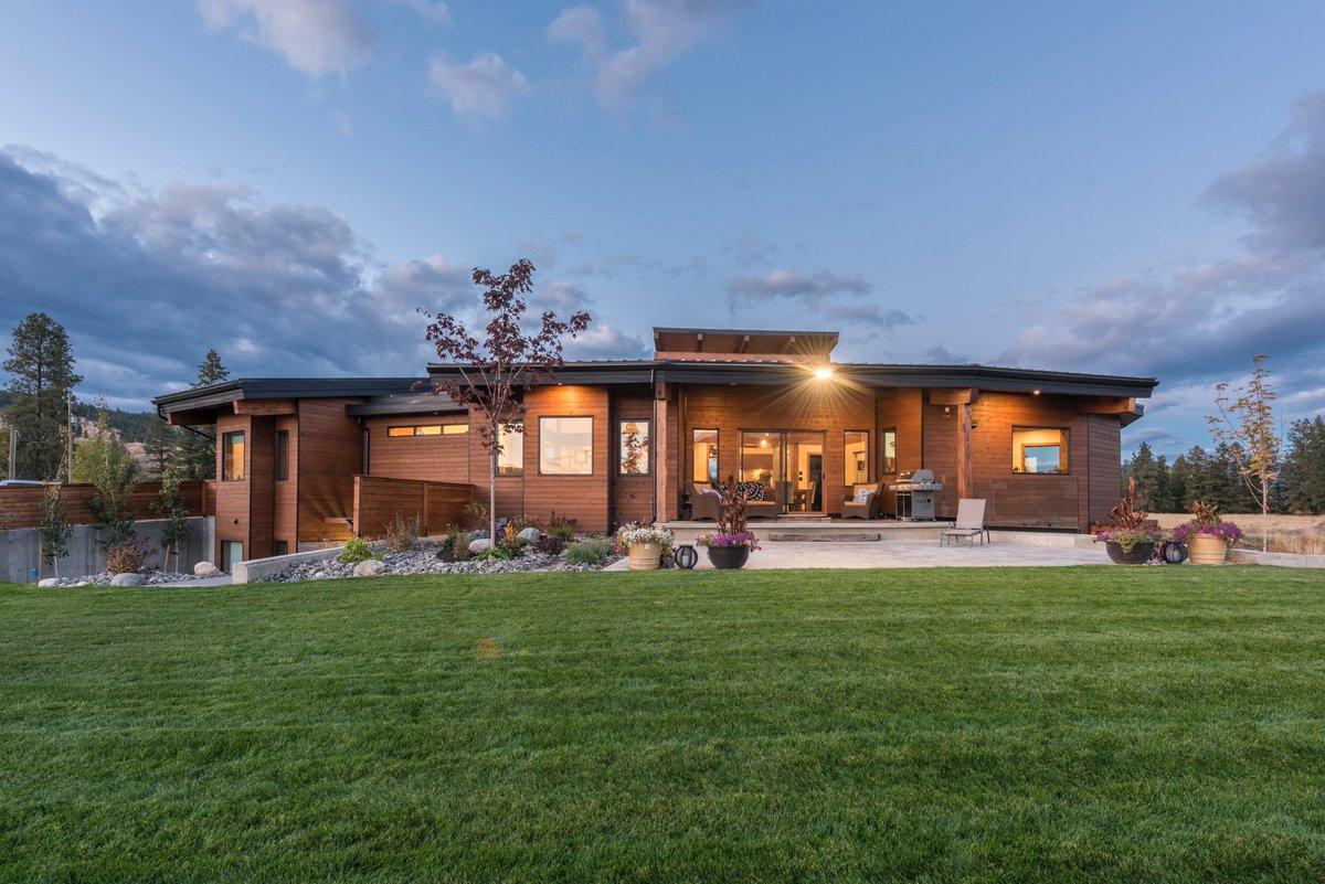 2018 keystones celebrate best in homebuilding in kamloops for Homebuilding com