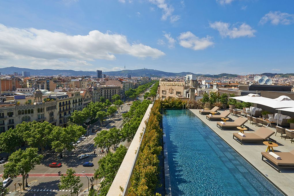 These cocktails come with the best views of Barcelona: https://t.co/ngrmV1DDDj https://t.co/Mmn2kun1zH