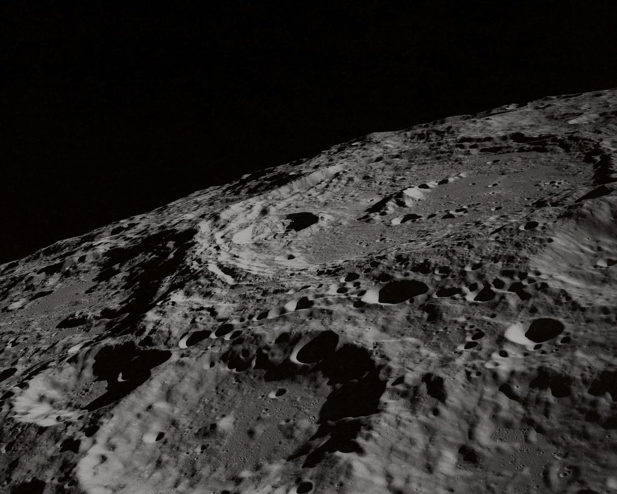 New study sheds light on Moon's slow retreat from frozen Earth