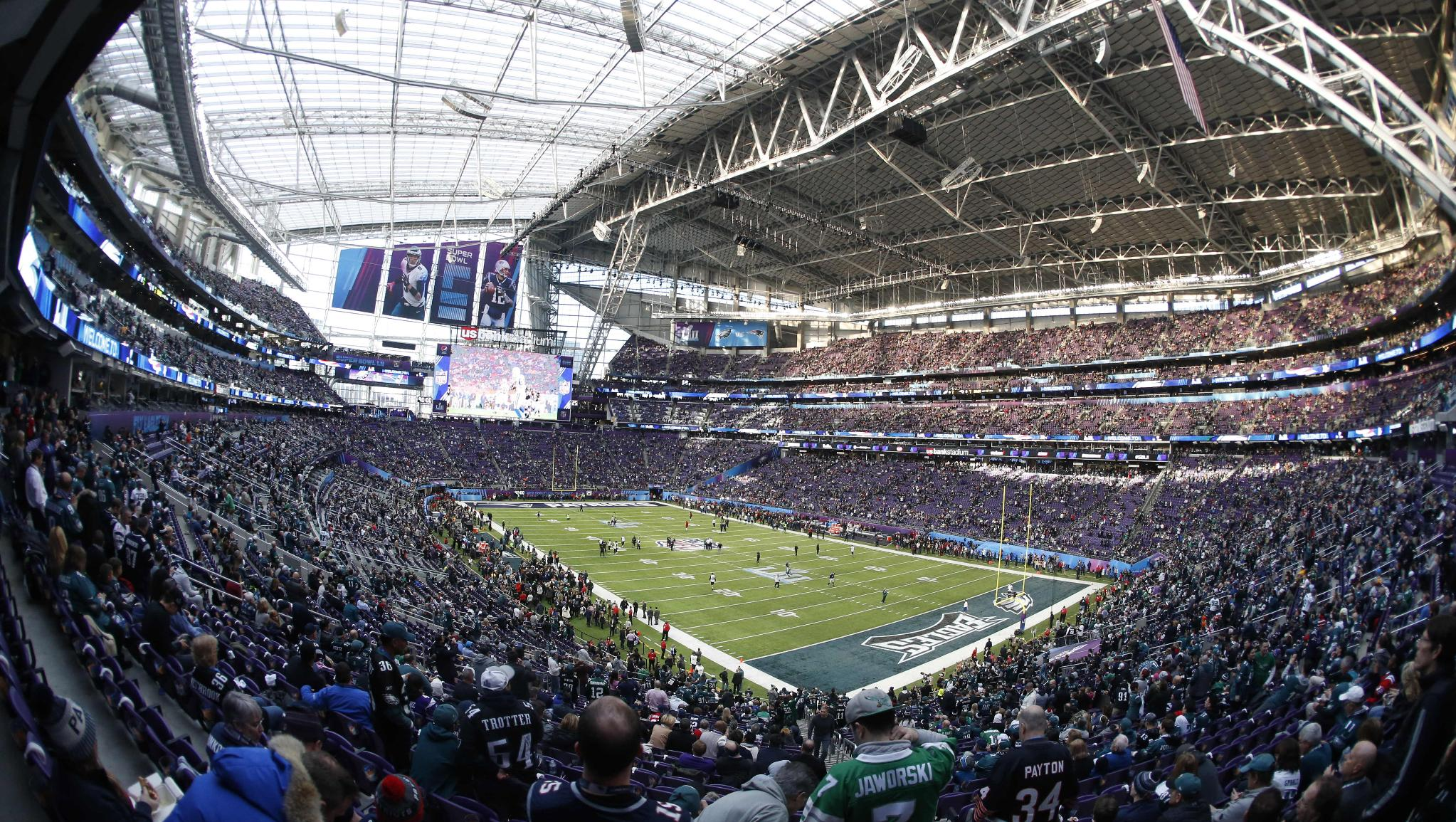 .@usbankstadium and the state of Minnesota received rave reviews for hosting #SBLII.   ��: https://t.co/uOaKyZffc1 https://t.co/2yF8pQ4UbI